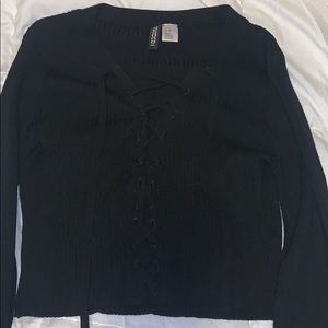 H&M lace up long sleeve crop top